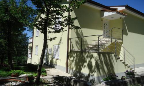 Apartments Ban Omisalj
